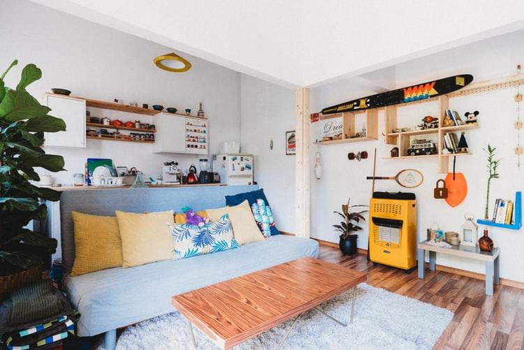 A saját készítésű bútorok ugyanolyan szépek és mutatósak lehetnek mint a gyáriak.
