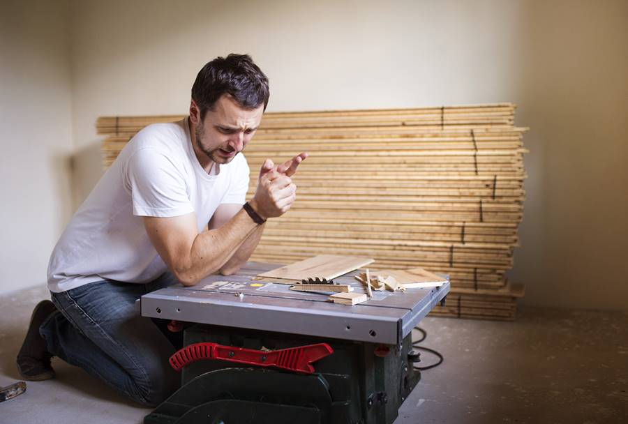 az otthoni javítás ás barkácsolás eszközei